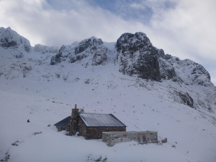 The CIC Hut Week Winter Climbing Course