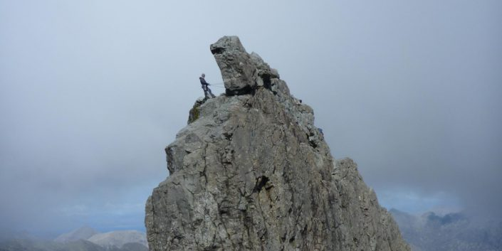 Skye Guide In Pinn