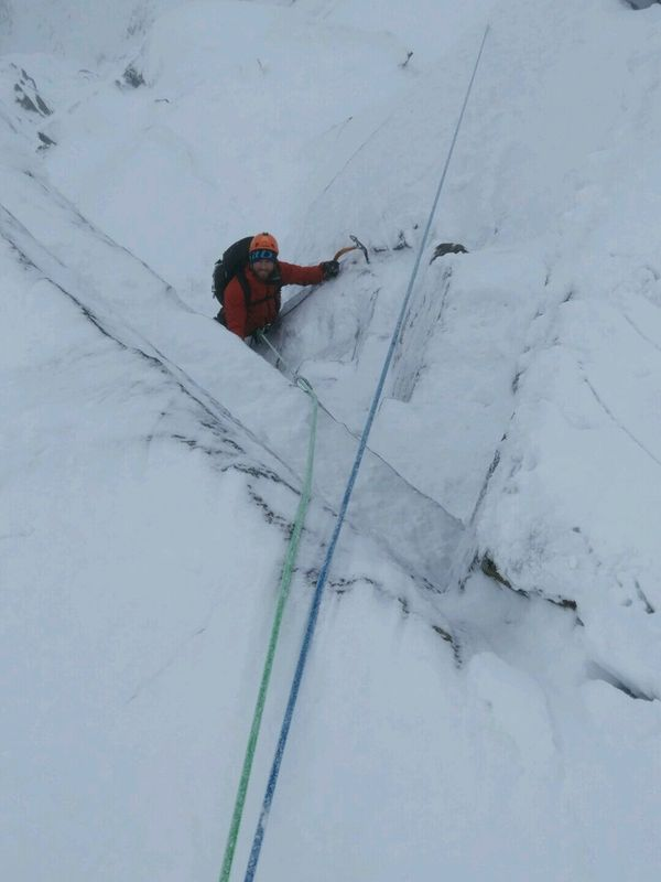 NE Buttress CIC Hut Week
