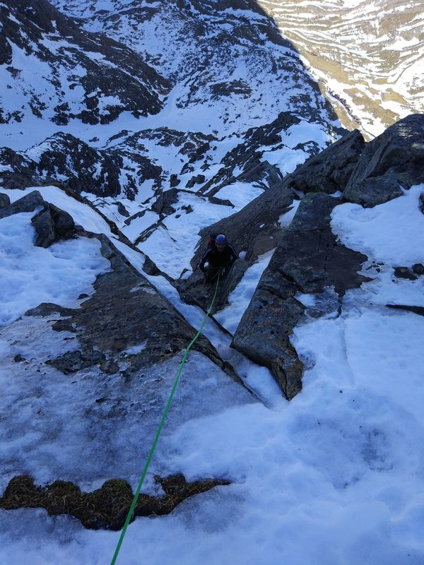 North East Buttress Winter Climbing Course