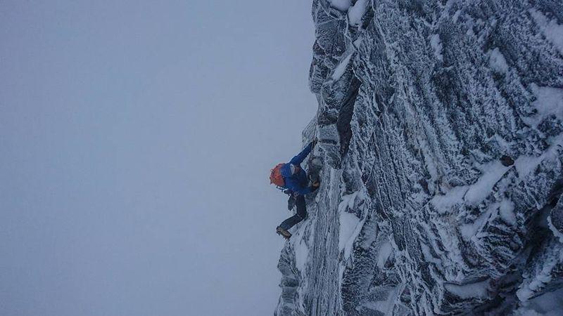 Steep climbing on Centrepoint, Stob Coire an Laoigh